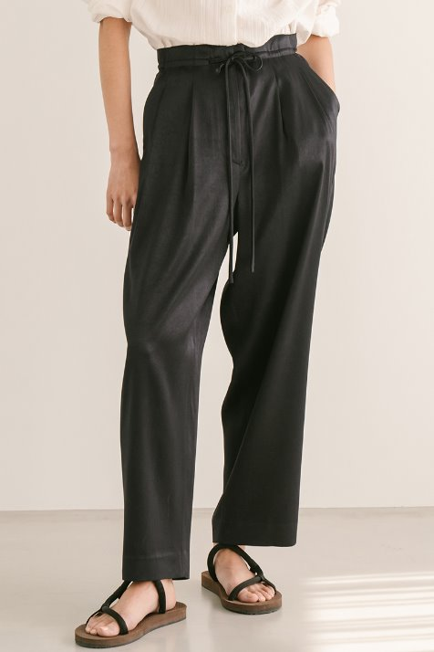 DARK NAVY STRING LOOSE FIT PANTS